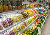 Fruits in shop — Stock Photo