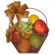 Fruit basket for fall — Stock Photo