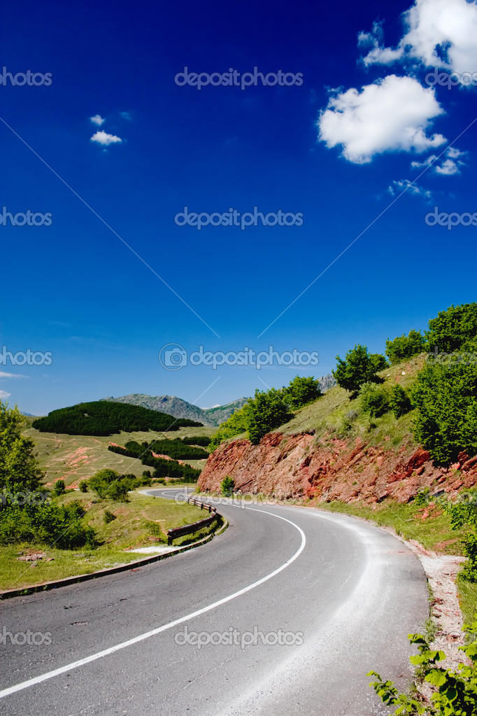Road in the nature — Stock Photo #2077659