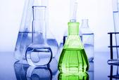 Mavi büyü flask — Stok fotoğraf