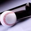 Baseball Ball and Bat — Stock Photo