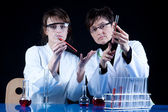 Female Scientists in laboratory — Stock Photo