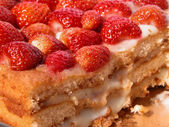Strawberry Sponge Cake — Stock Photo