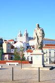 The monument in Lisboa — Stock Photo