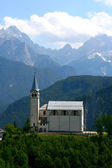 Church on Italian mountains — Foto de Stock