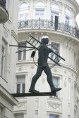 Escultura na rua Viena, Áustria — Fotografia Stock