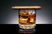 Cigar on Drink — Stock Photo