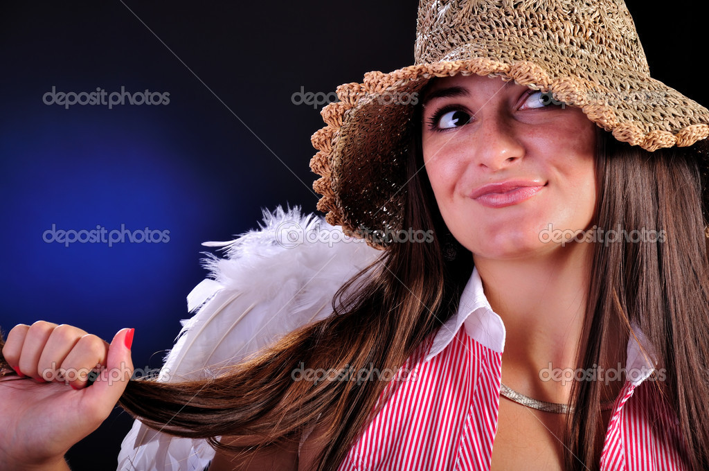 Pretty young girl with a angel wings — Stock Photo #2078888