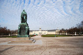 Karlsruhe, dukes statue — Stock Photo