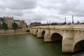 Medieval bridge over Seine — Foto Stock