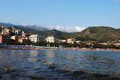 Mar Mediterraneo e la spiaggia di arenzano — Foto Stock