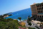Monaco beach and luxury hotel — Stock Photo