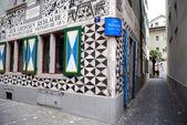 Swiss tavern with murals, Zurich, Switze — Stock Photo
