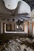 Broken Ceiling in Corridor — Stock Photo