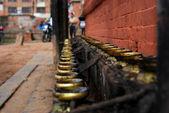 Tempel kaarsenhouders in nepal — Stockfoto