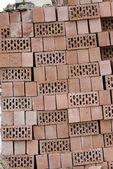 Pilha de tijolos ocos — Foto Stock