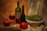 Wine and fruits — Stock Photo