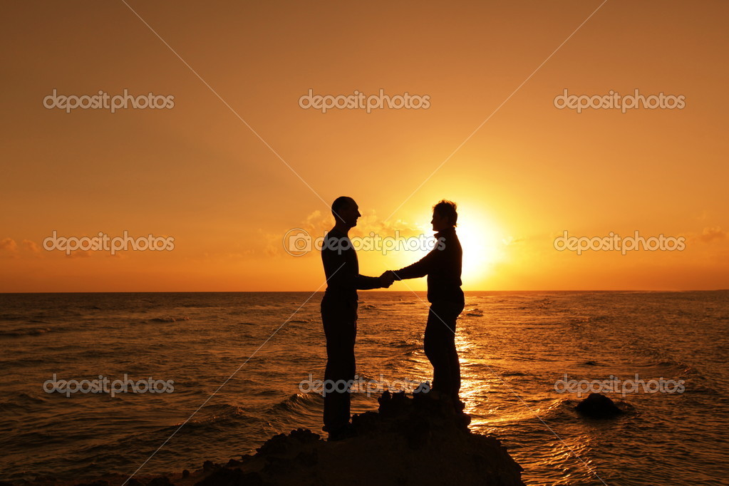 Couple on sunset — Stock Photo #2074106