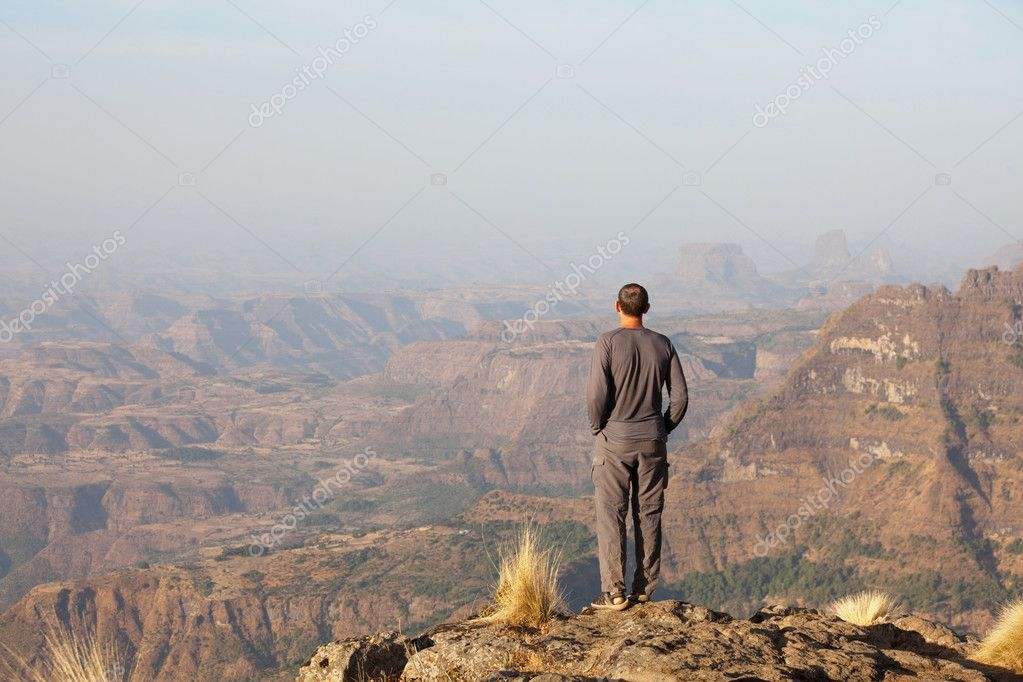 Man on the cliff — Stock Photo #2421931