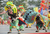 Chinese playing lion dance — Stock fotografie