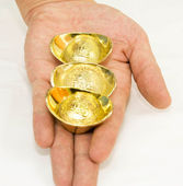 Gift of gold — Stock Photo