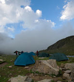 Camp in mountains of caucasus — Stock Photo
