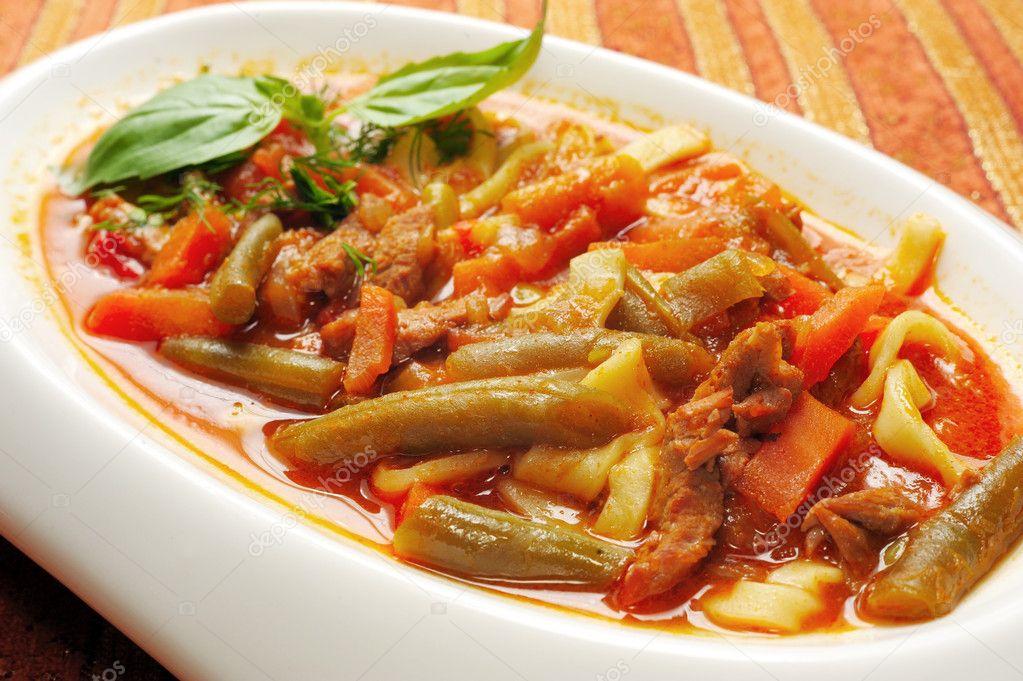 Lagman mahlzeit der usbekischen ethnische küche ...
