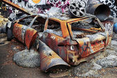 Deteriorated rusty car — Stock Photo