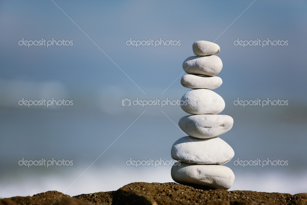 White Stone tower on the seashore  Foto de Stock   #2399241