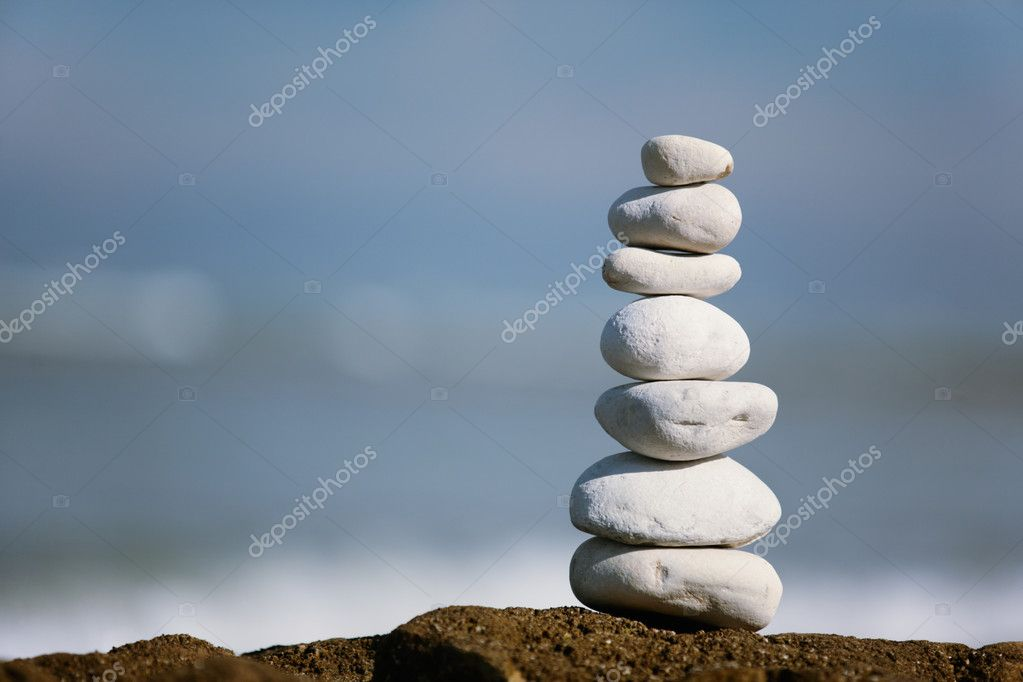White Stone tower on the seashore — Stock Photo #2399241