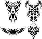 Set of 4 tribal tattoos — Stock Vector