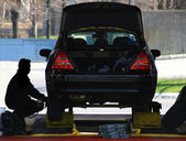 Changing Car Tires. — Stockfoto
