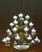 Teatro lustro lampadario ornato — Foto Stock