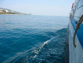 Kind on a coast from small cruise ship — Stock Photo