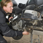 A motorist having problems — Stock Photo #2090406