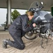 Checking the oil level — Stock Photo