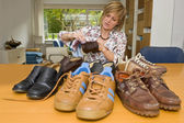Polishing shoes — Stock Photo
