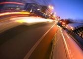 ダウンタウンの運転 — ストック写真