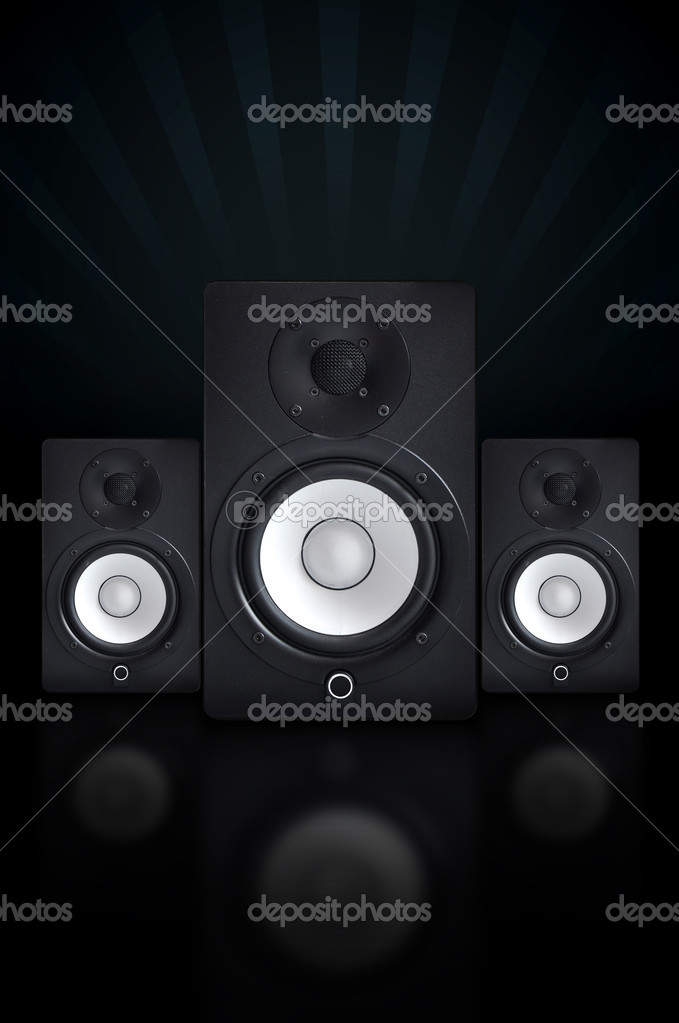 Nicely designed audio speakers, music equipment — Stock Photo #2485664