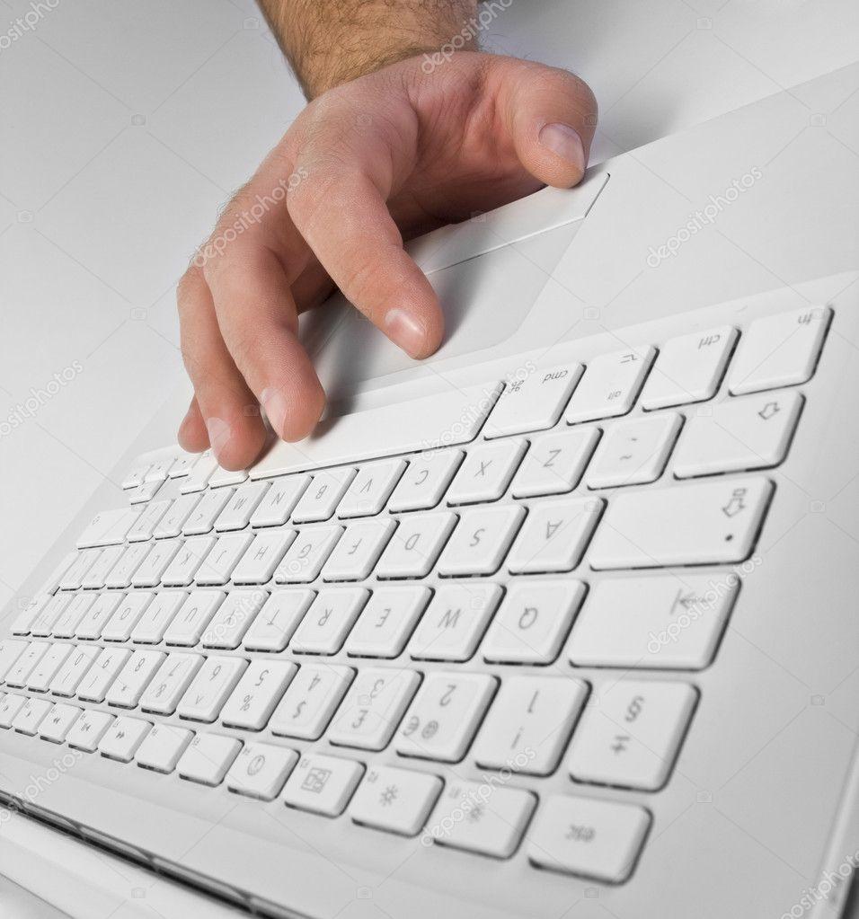 电脑键盘头像男生