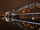 Piter grand pont dans la nuit — Photo