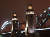 Büyük piter köprü kuleleri — Stok fotoğraf