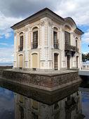 Pequeño palacio — Foto de Stock