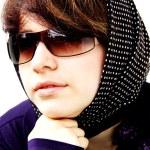 The girl in sun glasses — Stock Photo