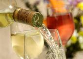 Wijn pour — Stockfoto