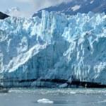 Boat & Massive Margerie Glacier — Zdjęcie stockowe
