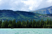 Canoeing on Spirit Lake, Yukon Territory — Stock Photo