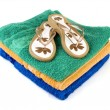 Stock Photo: Flip-flop and towels 2