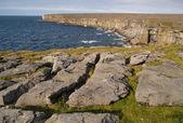 Rocky shore of the Inishmore island — Stock Photo