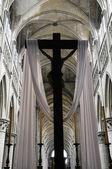 Kreuz auf der Kirche — Stockfoto